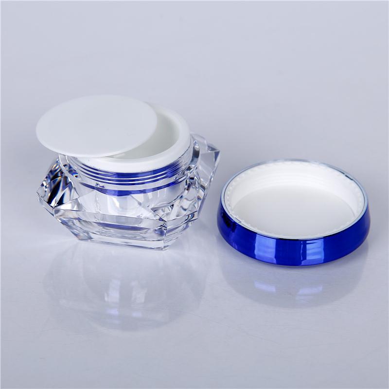 cosmetic bottle supplier