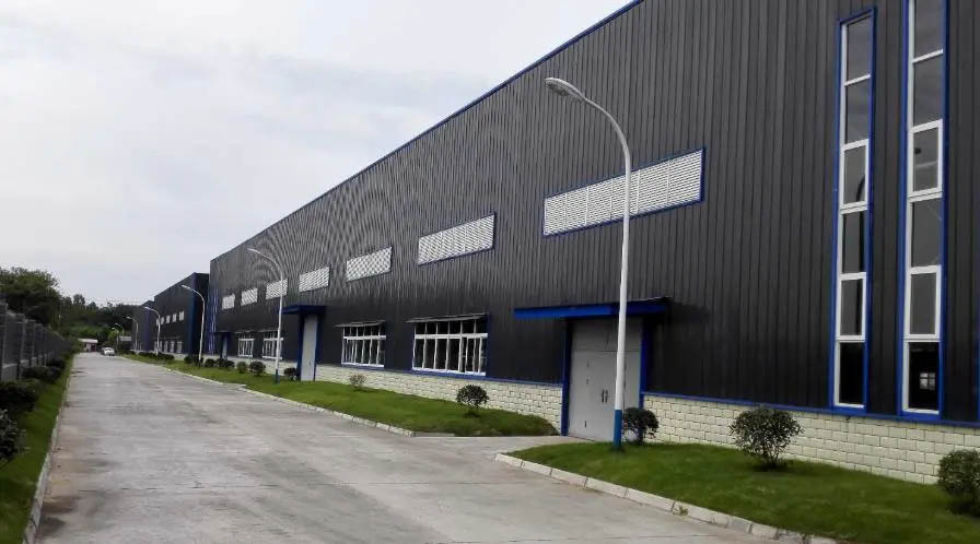 Metal plate steel structure warehouse