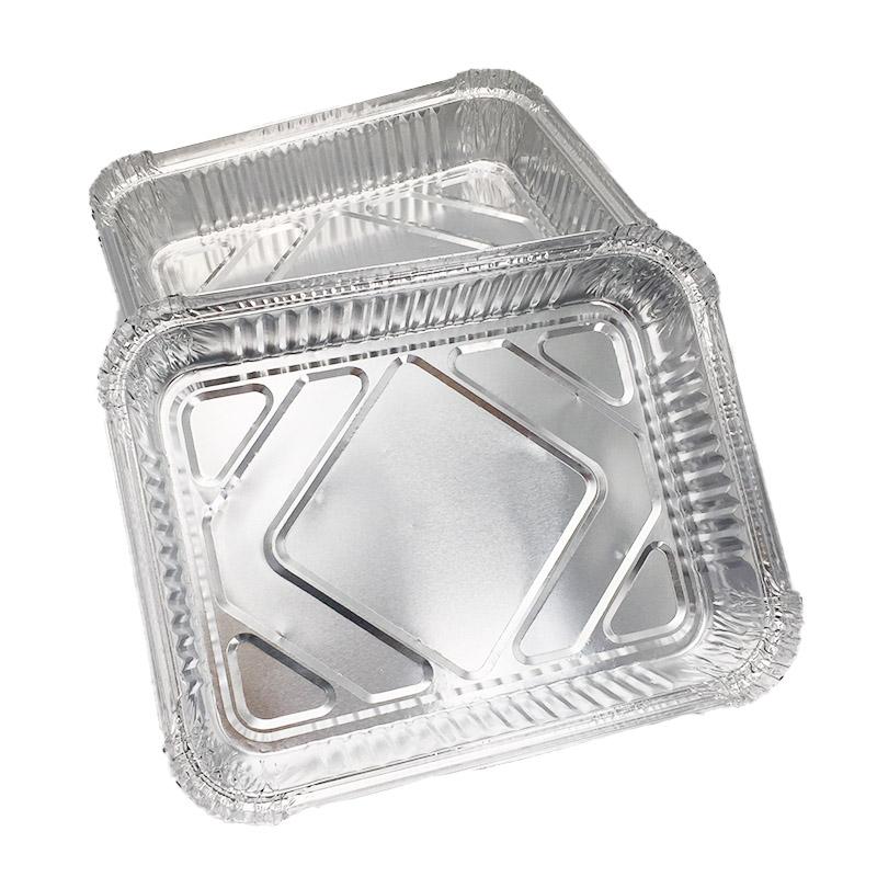 large aluminium foil baking trays