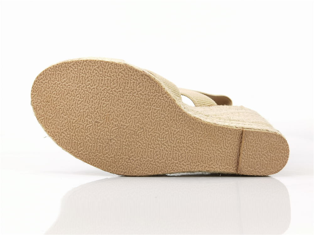 Hangzhou Ceban Shoes Co., Ltd. products include: Single shoes ballet shoes linen shoes, FOOTWEAR, ESPADRILLES, FLATS, PUMPS, SANDALS, HEELS, WEDGES, MULES, SLIPPERS, JUTE SOLE SANDALS, Commuter shoes, the design concept focuses on individualization, fashion and Comfort, its unique casual style and excellent quality have always been the goal pursued by consumers, and the products are sold throughout the country and more than a dozen countries in Europe and America.